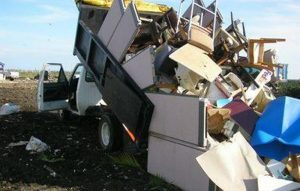 Amazing Reasons to Hire a Junk Hauling Professional